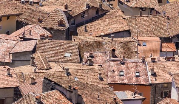 Homes with Shingle Roofs