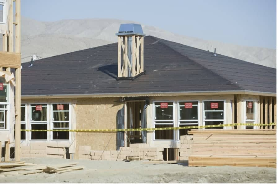 Pros And Cons of Multi-Story Roofs and Single Story Roofs